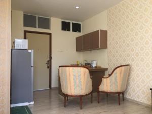 Hombre Estates Suite and Studio