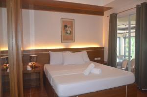Robinland Vacation Home, Villas  Badian - big - 1
