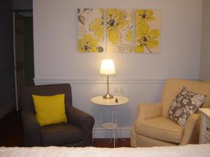 Cape House Bed and Breakfast, Bed and Breakfasts  Niagara on the Lake - big - 3