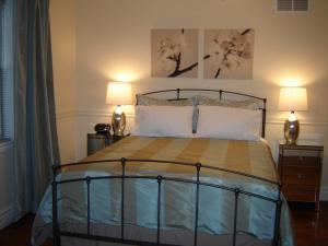 Cape House Bed and Breakfast, Bed and Breakfasts  Niagara on the Lake - big - 6