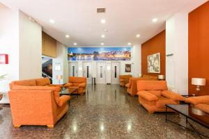 Apartamentos Resitur, Апартаменты  Севилья - big - 20