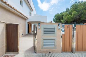 Blancarena, Dovolenkové domy  Playa de Muro - big - 34