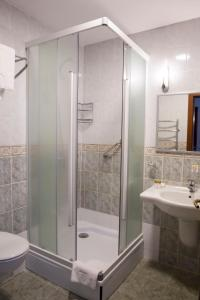 Atyrau Dastan Hotel, Szállodák  Atirau - big - 35