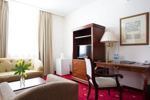 Atyrau Dastan Hotel, Szállodák  Atirau - big - 38