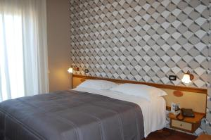 Hotel Ristorante Donato, Hotels  Calvizzano - big - 122