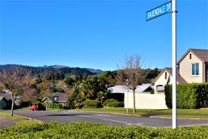 Between the Mountains, Prázdninové domy  Rotorua - big - 13