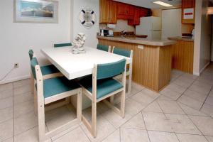 Buena Vista Plaza Penthouse 1104 Condo, Apartments  Myrtle Beach - big - 8