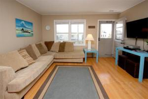 The Beach Cottage Home, Holiday homes  Myrtle Beach - big - 21