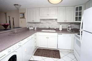 Sea Pointe 1006 Condo, Apartments  Myrtle Beach - big - 14