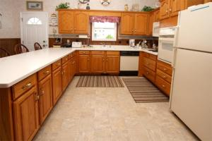 Loafer's Lodge Home, Holiday homes  Myrtle Beach - big - 22