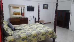 Csompó Square one apartment, Bed and Breakfasts  Bantam Spring - big - 29