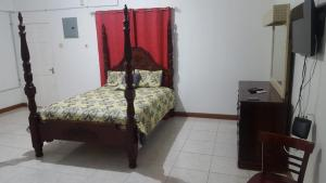 Csompó Square one apartment, Bed and Breakfasts  Bantam Spring - big - 30