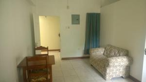 Csompó Square one apartment, Bed and Breakfasts  Bantam Spring - big - 32