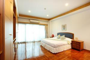 Three-Bedroom Suite