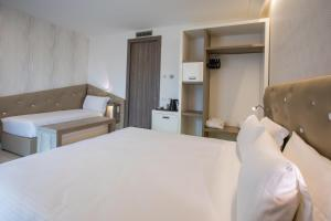 Park Hotel Marinetta, Szállodák  Marina di Bibbona - big - 39