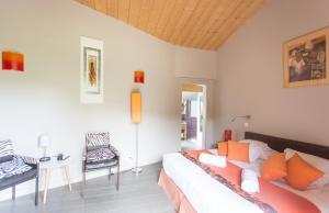 Hotel Le Verger Maelvi, Szállodák  Grimaud - big - 12