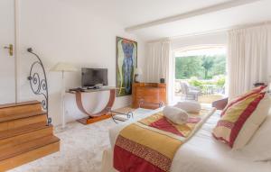 Hotel Le Verger Maelvi, Szállodák  Grimaud - big - 34