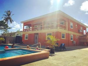 Ri Biero's Holiday Apartments, Apartmány  Crown Point - big - 1