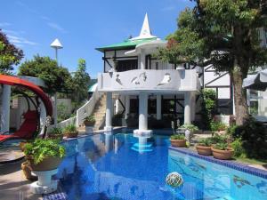 Marin Zorro Resort