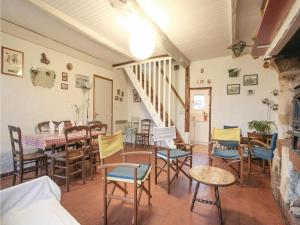 Three-Bedroom Holiday Home in La Chapelle Sur Dun, Nyaralók  La Chapelle-sur-Dun - big - 8