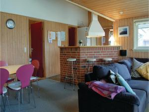 Holiday home Gulspurvevænget XII, Dovolenkové domy  Humble - big - 16