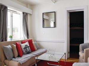 One-Bedroom Apartment in Lillehammer, Apartments  Lillehammer - big - 1