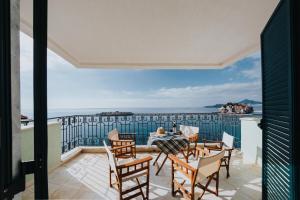 Sveti Stefan Beach Apartment