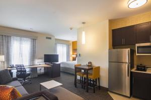 Residence Inn by Marriott Denton, Отели  Denton - big - 25