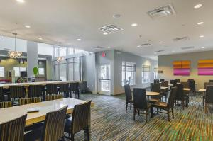 Residence Inn by Marriott Denton, Отели  Denton - big - 23