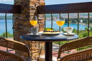 Blue Waves Resort, Hotels  Malinska - big - 25
