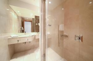 Blue Waves Resort, Hotels  Malinska - big - 12