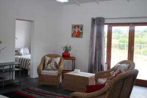 3 Bedroom self catering cabin in Elgin, Grabouw sleeps 8 guests, Nyaralók  Grabouw - big - 19