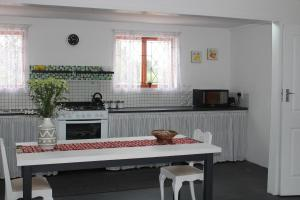 3 Bedroom self catering cabin in Elgin, Grabouw sleeps 8 guests, Ferienhäuser  Grabouw - big - 20