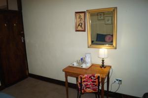 Tweepersoonskamer met Gedeelde Badkamer