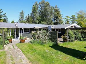 Holiday Home Bunden, Holiday homes  Pollerup Kullegård - big - 7