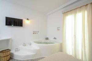 Blue Sky Summer, Hotels  Naxos Chora - big - 30