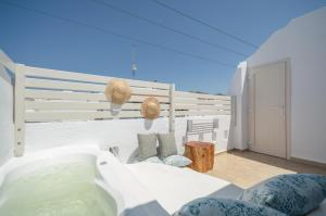 Blue Sky Summer, Hotels  Naxos Chora - big - 46