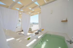 Blue Sky Summer, Hotels  Naxos Chora - big - 57