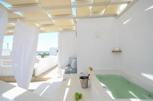 Blue Sky Summer, Hotels  Naxos Chora - big - 58