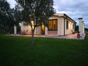 I due Ulivi - strada per La Caletta - AbcAlberghi.com