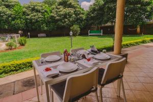 The Cottage Guest House Gigiri, Guest houses  Nairobi - big - 82