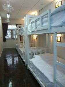 Bunk Bed in Female Dormitory Room (8 Adults)