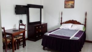 Csompó Square one apartment, Bed and Breakfasts  Bantam Spring - big - 52