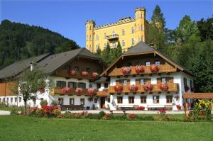 Schlossmayrhof, Farmházak  Sankt Gilgen - big - 1