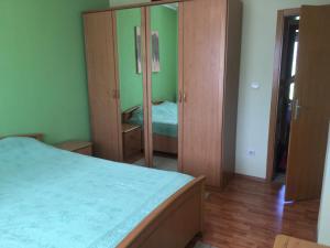 Apartment Flower, Apartmány  Radanovići - big - 13