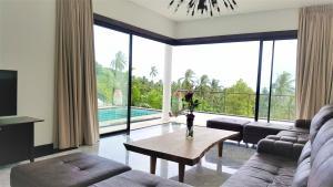Sammy Pool Villa Sea View