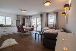 Panorama Apartments Steinbock Lodges, Appartamenti  Zell am See - big - 47