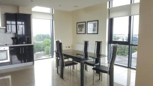 The Western Citypoint Apartments, Apartmanok  Galway - big - 17