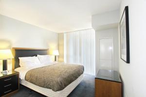 Pelican Suites at North York, Apartmány  Toronto - big - 18