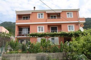 Apartments Colan